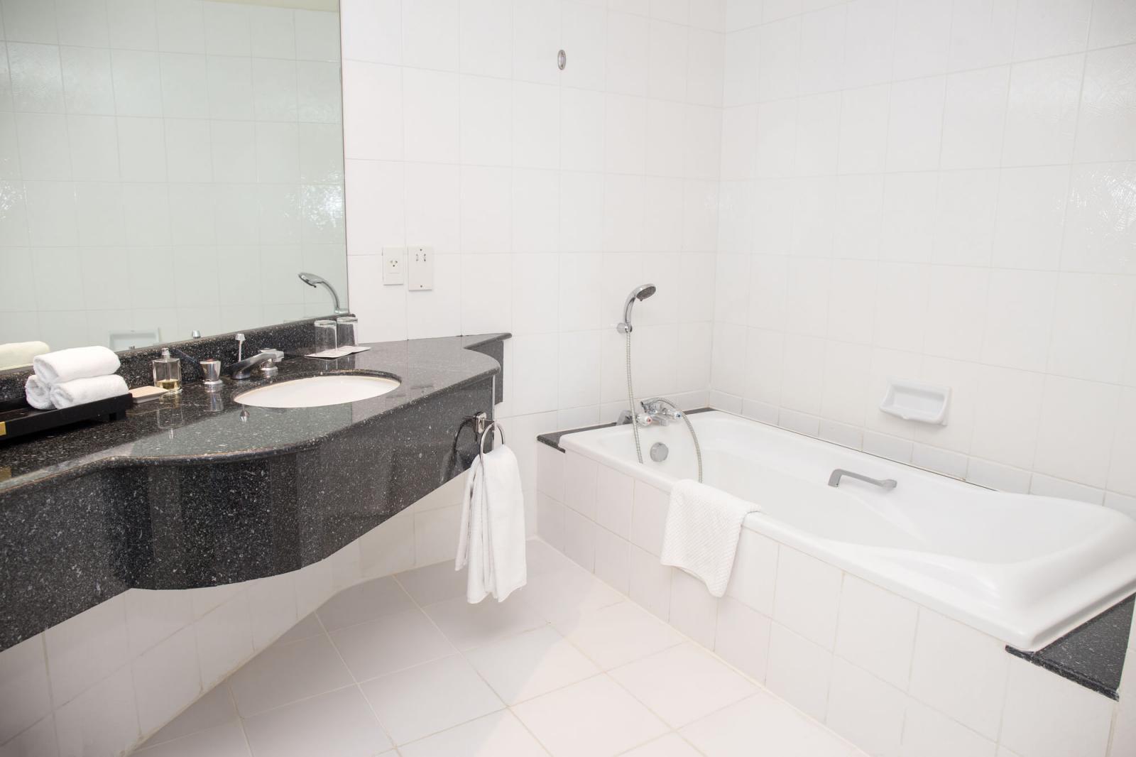 Bathtub Refinishing Tile Refinishing Like New